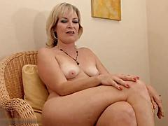 Darling Mature Blonde Mom Undress For Cash