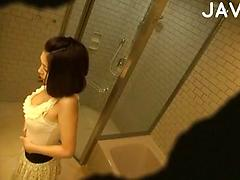 Asian Girl Voyeur Spied Changing Her Clothes