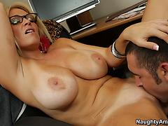 Nerdy Blonde In Glasses Gets Licked And Blows