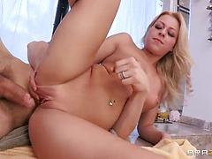 Blonde seductress removes her panties to gets her twat nailed